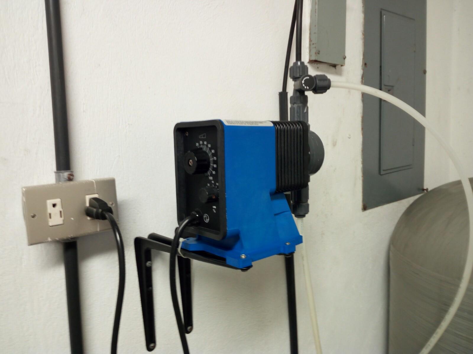 Instalación de dosificador de cloro